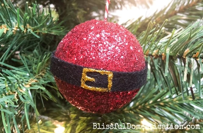 How to Make Simple Santa Baubles