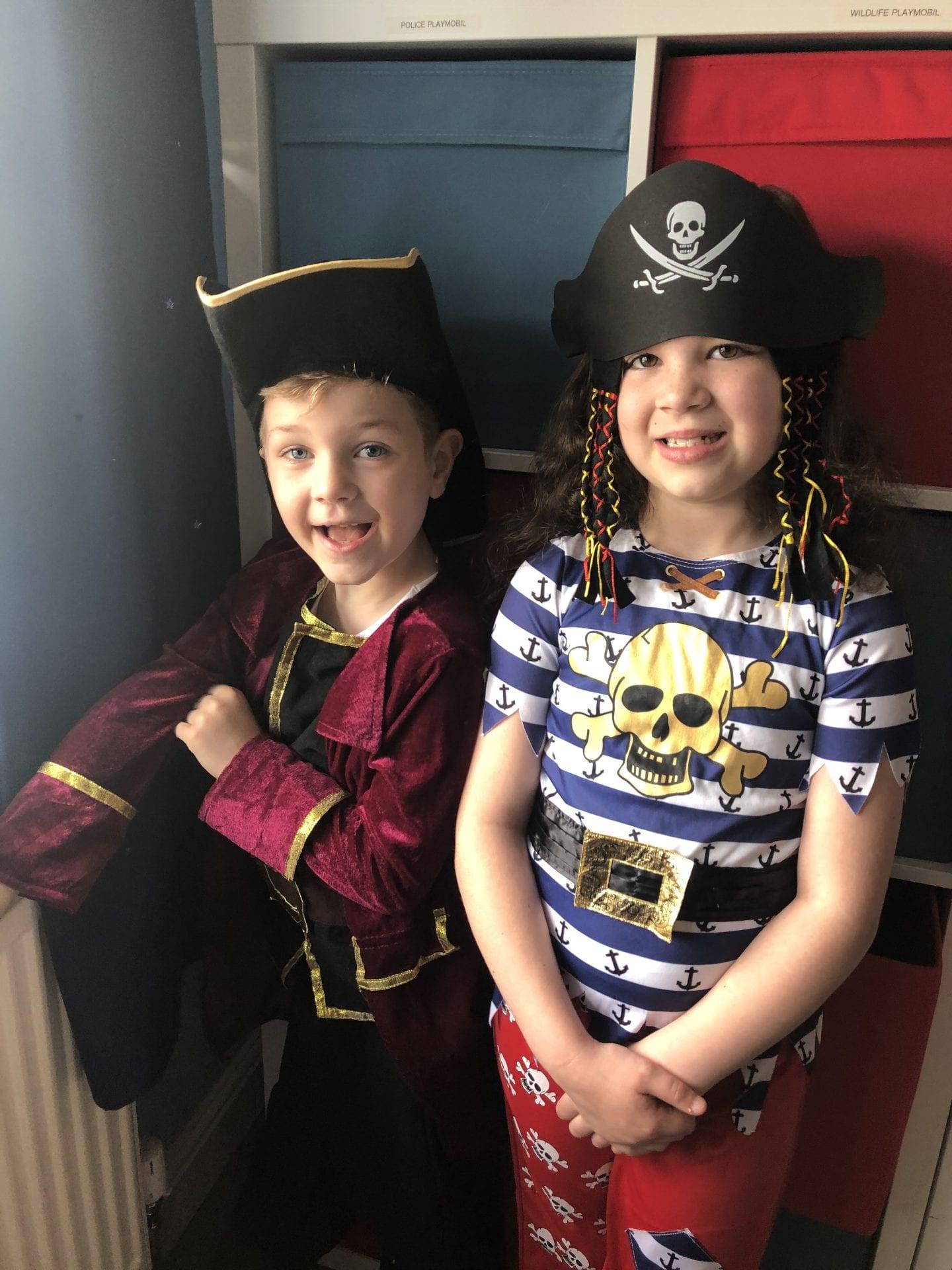 2 children dressed as pirates